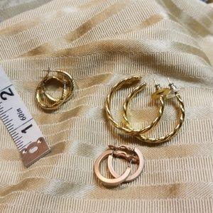 Jewelry - 3 Golden earrings